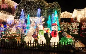 Home and Garden Christmas Decoration Ideas