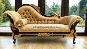 choose victorian furniture. Victorian Chaise Lounge Sofa Interior Designers Always Advice People To Choose Furniture With Care And Enhance N