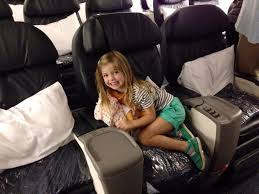 happy on united flight to hawaii what flights seats