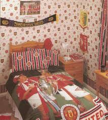 Man Utd Bedroom Wallpaper Michael Dixon Retroreddevil Twitter
