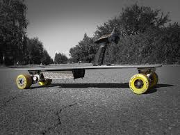 picture of the budget diy electric longboard