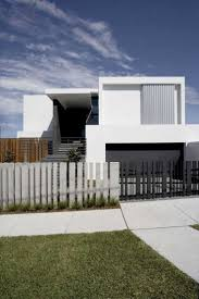 Mormanis House by MPR Design Defining A Sloped Property Overlooking Sydneys  Skyline: Mormanis House