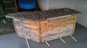 Outdoor Bar Outdoor Bar Made From Pallets Pebbles O Pallet Ideas O 1001 Pallets