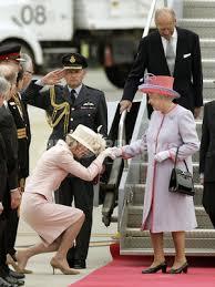 「エリザベスに挨拶」の画像検索結果