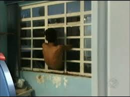 Resultado de imagem para imagem, ladrão entrou pela janela
