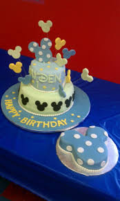 Baby Mickey Mouse Edible Cake Decorations 17 Best Ideas About Baby Mickey Cake On Pinterest Mickey Mouse