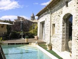 agence immobilière de prestige dans le luberon maison atypique en pierres au cœur d un village de la drôme provençale