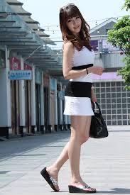 Fat girls in short skirts