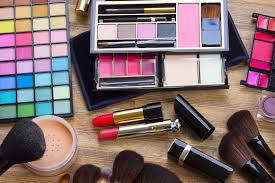 style file best makeup kits for the beauty lover on your list