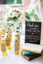 Elegant wedding favors (12)