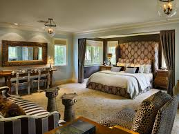 Leopard Bedroom Decor Designing The Bedroom As A Couple Hgtvs Decorating Design