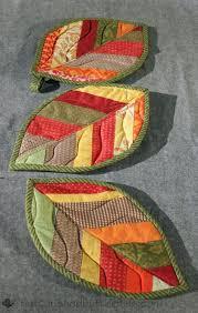 Autumn Inspiration: 5 Free Fall Quilt Patterns + potholders ... & Autumn Inspiration: 5 Free Fall Quilt Patterns + potholders Adamdwight.com