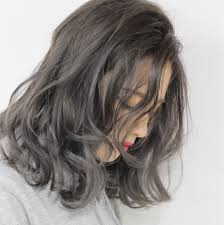外国人風髪型が今注目マネしやすいヘアスタイルをいち早くチェック