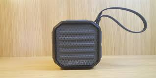 speakers under 20. aukey sk-m13 bluetooth speaker review speakers under 20 n