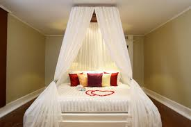 Modern Bedroom Designs For Couples Bedroom Ideas For Couples On A Budget