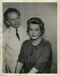 1962 Press Photo Actors Betty Fields and Sam Jaffee - RRW99195 | Historic  Images