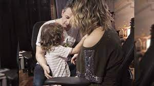 Oi, seguimores', filho de Sandy invade vídeo do pai, Lucas Lima