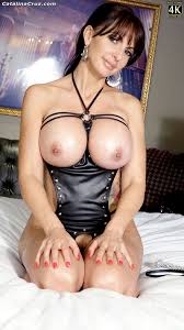 Catalina cruz in bondage
