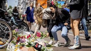 """Netherlands - Attack on Journalist Peter R. de Vries: """"No Story Is Worth as  Much as My Life"""" - DER SPIEGEL"""