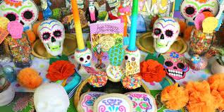 dia de los muertos ofrenda display from kathy at crafty chica
