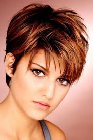 24 Awesome Short Hairstyles For Round Faces And Thick Hair