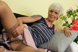 Mature.nl The Hairy Lady Blog