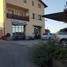 Gasperini Gomme Srl - Rivenditori di pneumatici e negozio di riparazione -  Paciano
