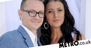 <b>Chester Bennington</b> wife Talinda engaged two years after star's ...