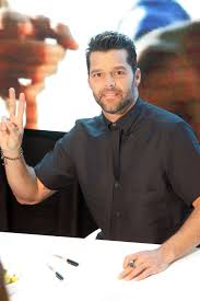 Ricky Martin - Wikipedia