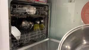Máy rửa chén bát 8 bộ Fujishan, electrolux, Boss, Erosun có úp được chảo và  nồi không video thực tế - YouTube