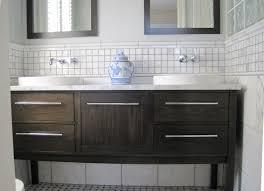 gap between bathroom sink and wall