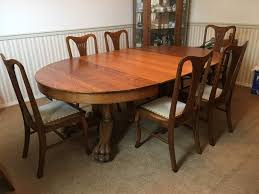 Lot 1 Beautiful Antique Oak Dining Table With Large Carved Claw
