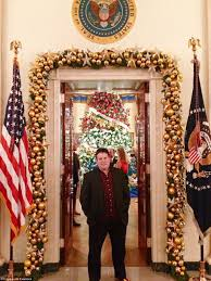 oval office paintings. Nothing Like The Real Thing: Luntz At Actual White House For A Holiday Party Oval Office Paintings