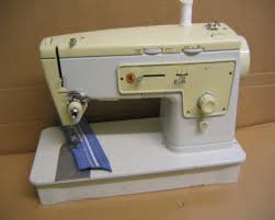 Singer Sewing Machine 413