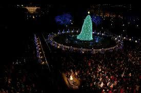 President Obama Christmas Tree Lighting 5 4 3 2 1 The Obama Family Lights The National