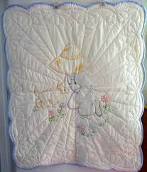33 best Amish Baby and Infant Quilts images on Pinterest | Baby ... & Amish Baby Quilt Overall Sam Hand Quilted par QuiltsByAmishSpirit Adamdwight.com