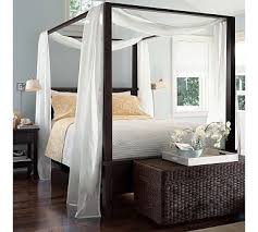 Farmhouse Canopy Bed & Dresser Set #potterybarn. Looks like my new ...