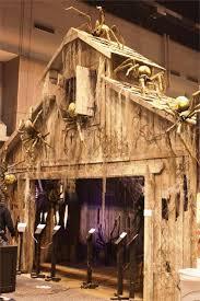 20 Garage Halloween Decorations Ideas