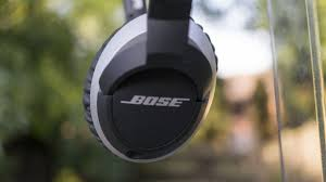 bose oe2. this brings me round to sound quality, which is absolutely superb. i heard sounds in my music never knew existed. the clarity of all frequencies are so bose oe2