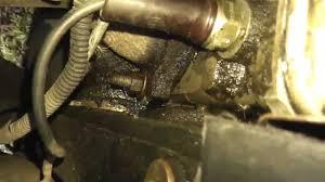ВАЗ Течь масла или весь двигатель в масле Причины и  ВАЗ 2115 09 Течь масла или весь двигатель в масле Причины и способы устранения
