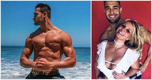 Why, hello there, sam 😘. Who Is Sam Asghari Britney Spears Boyfriend She Met In A Music Video
