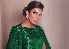 صور أصالة تقلد عبد المجيد عبدالله للترويج لألبومها الجديد لا تستسلم سيدتي