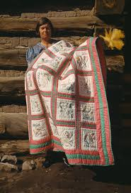 History of quilting - Wikipedia & History of quilting Adamdwight.com