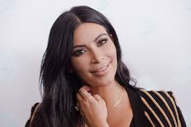 kim kardashian s makeup artist mario dedivanovic recently hosted his own makeup master cl arabelle sicardi breaks down the mario kim beauty routine