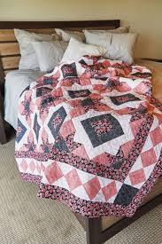 Pretty Colors and Easy Piecing Make a Lovely Quilt - Quilting Digest & Parisian Holiday Quilt Pattern Adamdwight.com