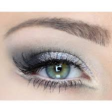 best eyeshadow colors for green eyes