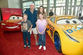 larry the cable guy wife. Beautiful Guy Cara Whitney And Larry The Cable Guy Children Inside The Guy Wife G