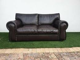 genuine leather windsor couch full grain studded sofa excellent condition 0826245168