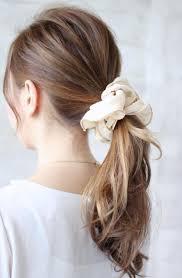 髪の毛の内側だけ染めるインナーカラー 表面の髪の毛と別の色に変えた