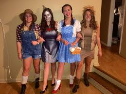 wizard of oz group costume diy dorothy tin man scarecrow cowardly lion